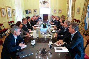 El gabinete analizó las medidas para controlar el precio del dólar
