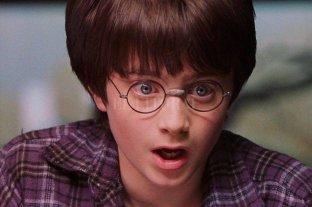 """Retiraron libros de Harry Potter en una escuela por tener """"hechizos reales"""""""