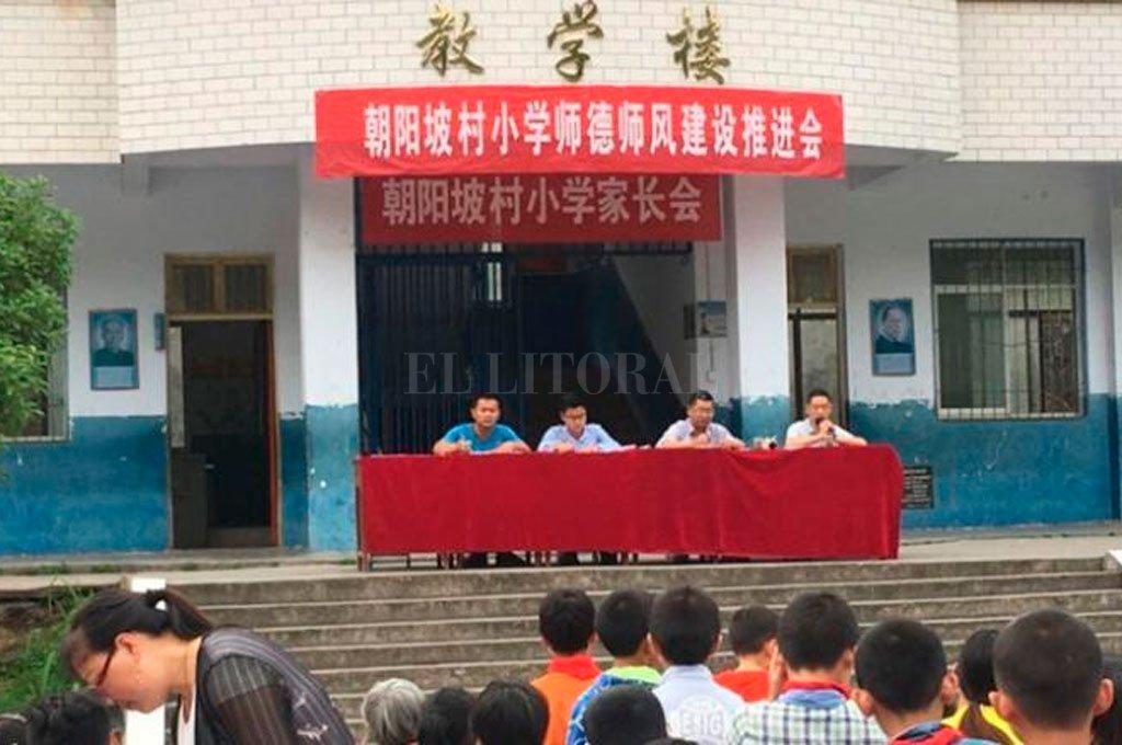 Un hombre mata a 8 niños en una escuela en China