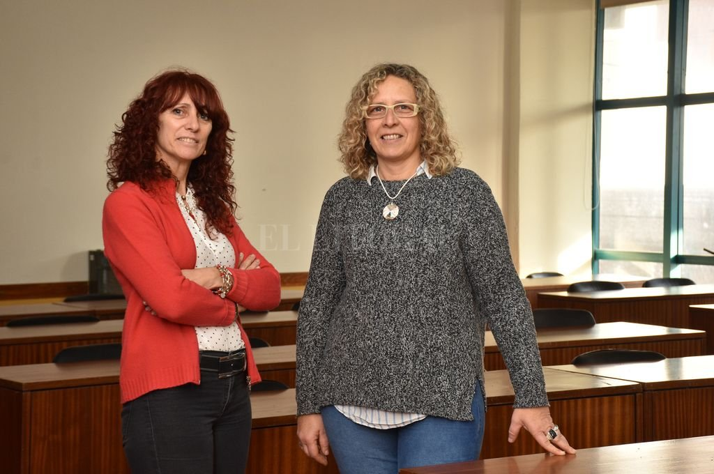 Fernanda Pagura y Silvia Bertero recorrieron el trayecto de la ESI en la provincia, en su experiencia y en esta charla. <strong>Foto:</strong> Flavio Raina