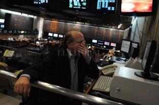 La Bolsa se derrumba más de un 10%, arrastrada por bancos y energéticas