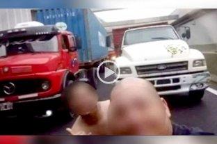 Detuvieron a dos camioneros que interrumpieron el tránsito para sacarse una selfie