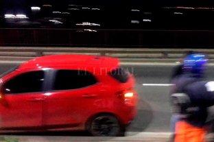 Robo y locura en Santa Fe: para escapar de la policía se tiró a la Setúbal