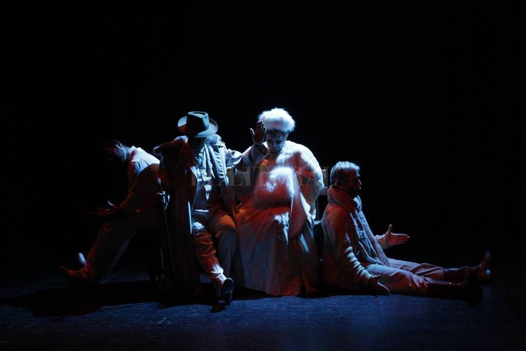 """En """"El jardín de los cerezos"""", Antón Chéjov narra la historia de una familia aristócrata rusa que transita una decadencia económica y social. <br /> <strong>Foto:</strong> Gentileza producción"""
