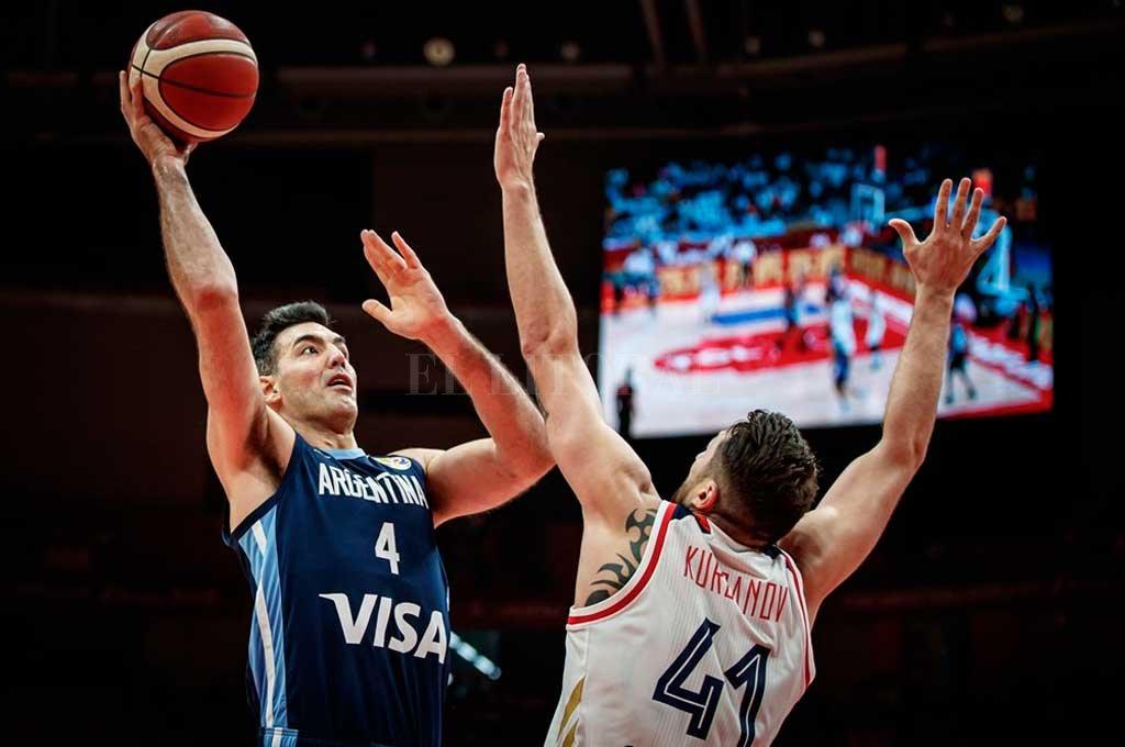 El capitán en plena acción de juego.  <strong>Foto:</strong> FIBA