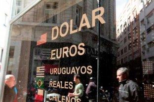 La bolsa porteña sube 6,50%, el dólar cotiza a $ 57 y el riesgo país baja a 2.362 puntos