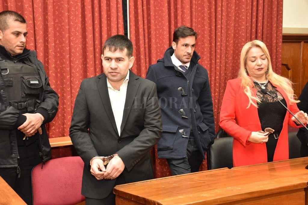 Ponce llegó esposado a la sala y escuchó inmutable la sentencia, vestido con un impecable traje negro. <strong>Foto:</strong> Flavio Raina