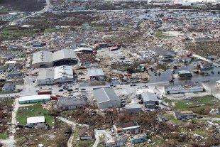 El huracán Dorian recobró fuerzas y subió a categoría 3