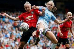 Con récord de espectadores, el Manchester City le ganó el clásico femenino al United