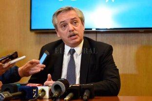 """Alberto Fernández volvió al país y afirmó que """"hace un tiempo"""" no habla con Macri"""