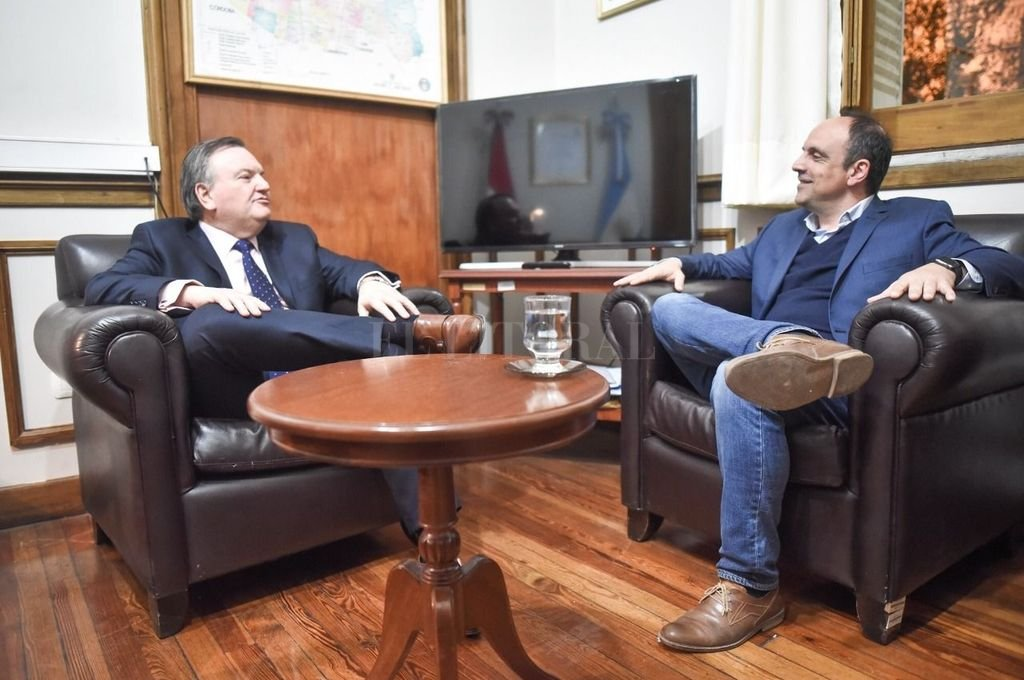 Felipe Michlig y José Corral.  <strong>Foto:</strong> Prensa Corral.