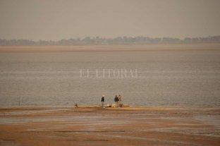 Por la bajante, ya se ven grandes bancos de arena al norte de la laguna Setúbal