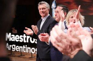 Macri firmó un documento que promueve mejoras educativas