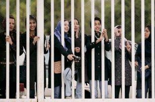 La detuvieron por intentar ingresar a una cancha de fútbol y se inmoló por miedo a la prisión
