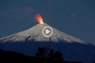 """Elevan el alerta a """"naranja"""" por la actividad del volcán chileno Villarrica"""