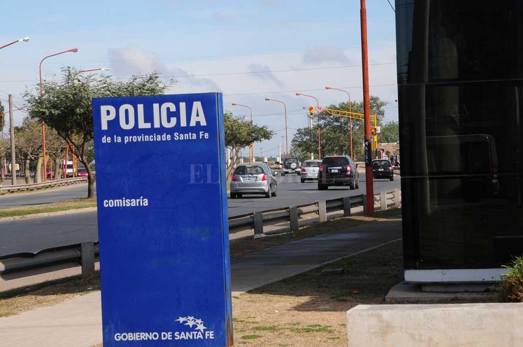 Acceso. El puesto más cercano está hoy en el acceso a la autopista, en jurisdicción de Santa Fe. Crédito: Flavio Raina