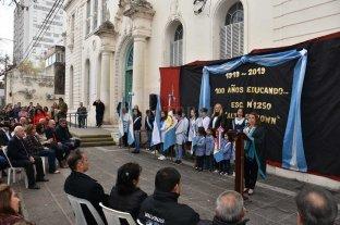 La escuela primaria Almirante  Brown celebró sus 100 años