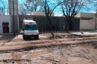 Una obra inconclusa y una ambulancia empantanada en el norte de Santa Fe