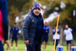 Maradona paró su primer equipo como DT de Gimnasia y Esgrima La Plata