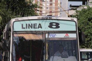 Línea 8: Servicio restringido por el asalto a un chofer