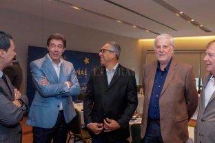 Vignatti fue a la cumbre  sudamericana Conmebol