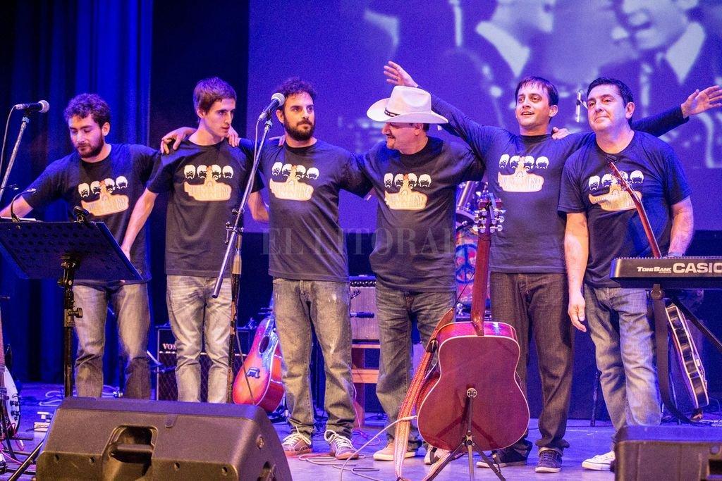 Submarino Amarillo Beat Band es una banda tributo a Los Beatles que nació en 2013, a partir de la unión de músicos de Santa Fe y Esperanza.  <strong>Foto:</strong> Gentileza producción