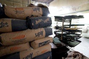 Grave denuncia de panaderos por el precio de la harina