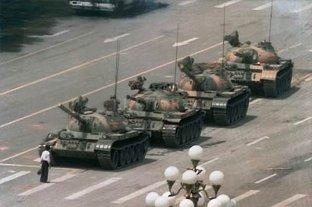 Murió Charlie Cole, el fotógrafo de Tiananmen