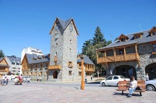 Un brote de gastroenteritis afecta a unas 1.200 personas en Bariloche, la mayoría turistas estudiantiles