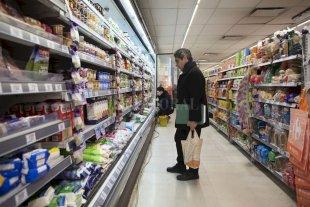 La inflación en los supermercados santafesinos trepó a 9,61% en agosto - La reducción del iva al 0%, propuesto como una medida de contención por el gobierno nacional, no tuvo el efecto esperado: sólo 5 de los 18 artículos incluidos en la medida tuvieron una baja en sus precios finales.  -
