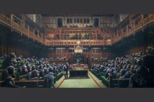 """La obra de Banksy """"Parlamento involucionado"""" sale a la venta"""