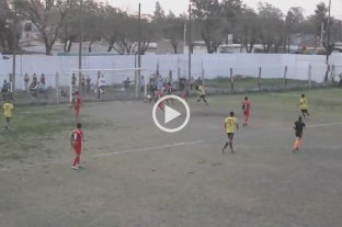 Video: increíble gol fantasma en una liga santafesina -  -