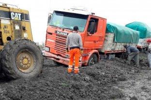 Corenosa pidió por rutas anegadas y advirtió por los certificados de obras