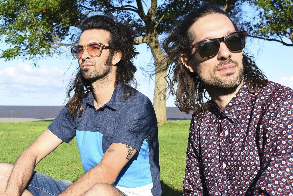 Toponauta es el proyecto musical de los hermanos César y Francisco Cantero, nacido en la ciudad de Santa Fe a fines de 2001; actualmente en el formato Dúo Set, con pistas e invitados ocasionales. Crédito: Gentileza MIC