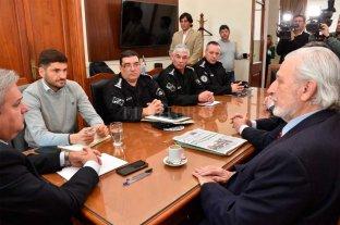 Reunión de Pullaro con ministros y autoridades policiales por recientes hechos de inseguridad