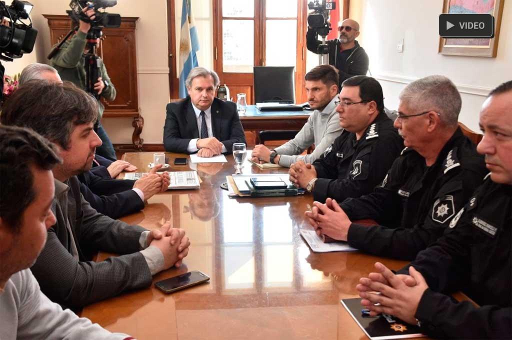 Pullaro anunció la intervención de la Unidad Regional I -  -