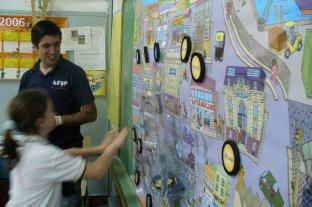 Firman convenio para enseñar Educación Tributaria como contenido curricular obligatorio -  -
