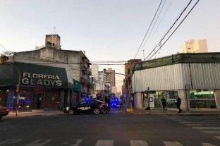 Chocó y destrozó el semáforo de 25 de Mayo y Suipacha -