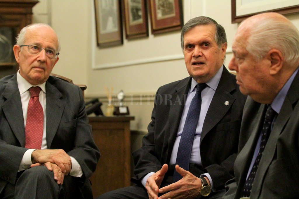 Prono, Mendoza y Niel Puig hablaron con El Litoral sobre el significado del relanzamiento del Tribunal Arbitral. <strong>Foto:</strong> Pablo Aguirre.