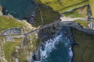Un puente de cinco millones de libras que pocos se animan a cruzar