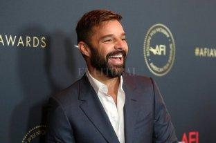 """Ricky Martín estrena su tema """"Tiburones"""""""