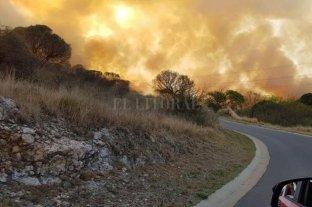 Gran incendio en las zonas aledañas a Villa Carlos Paz