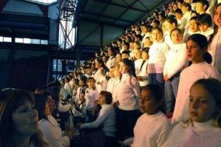 Mega Concierto de Niños Cantores y Coro de Docentes