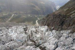 Alerta en Italia por el posible desprendimiento de un glaciar en el Montblanc