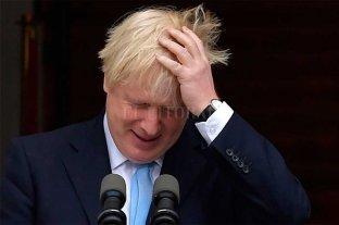 La oposición británica estudia presentar una moción de censura contra Johnson