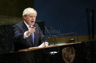 Pese a los gestos negociadores de Europa, Johnson se niega a cambiar la hoja de ruta del Brexit