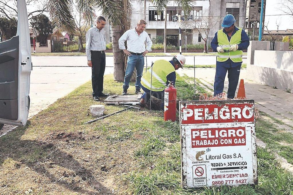 Pruebas. Durante el fin de semana, la empresa Litoral Gas realizó las pruebas en la red de distribución interna de la ciudad ya dio el visto bueno para comenzar las conexiones domiciliarias. Crédito: Gentileza