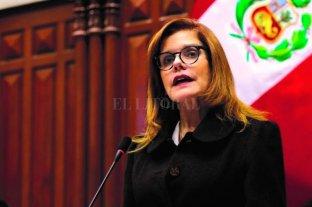 Renunció la presidenta designada por el Congreso