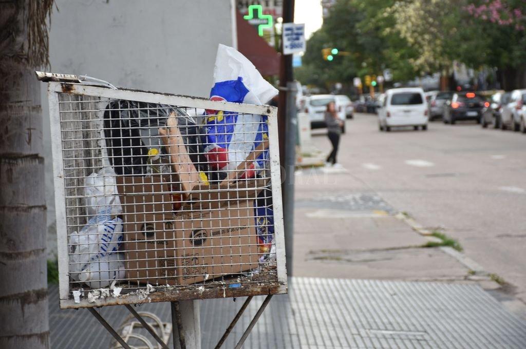 Prioridad. Los autores de la propuesta creen que es necesario contar con una política de selección y separación en origen de residuos sólidos urbanos, como parte de las herramientas y conductas que hacen a una sociedad amigable con el mediaombiente. <strong>Foto:</strong> Archivo El Litoral