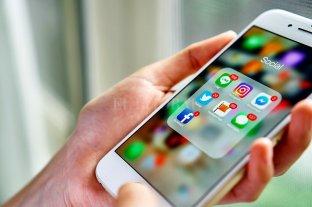 Los argentinos almacenan en sus teléfonos celulares más de 1000 fotos en promedio